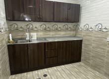 للايجار شقة غرفتين وصالة نظيفة جدا في الشامخة شامل كل شيء