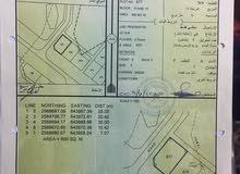 للبيع ارض سكنية ممتازة في العامرات مدينة النهضة مربع 15 كونر 677