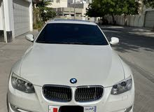 2012 BMW 325, Excellent condition, clean, Pearl white, BD. 3900/ONO