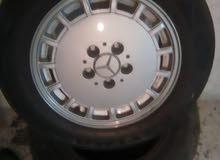 جنط مرسيدس 15  الأصلي مع كوشوك وكاله للبيع بسعر طري 0791136536