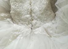فستان زفاف بحاله ممتازه