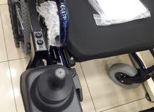 كرسي متحرك كهربائي - مكفول عرض خاص