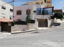 Luxurious 500 sqm Villa for sale in AmmanAl Qwaismeh