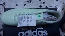 حذاء سبورت adidas من الوكيل جديد رقمه 43
