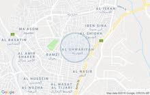 محل في حي الامير محمد موقع مميز جداا ع 3 شوارع