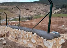 بناء سناسل حجريه وتشيك مزراع شلالات نوافير تلبيس شحف حفاره جرافه باربكيو زراعه