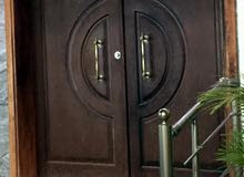 باب منزل رئيسي خشبي - موغونو