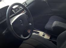 سياره مرسدس 300 انقاض موتير وفتس شركه موجودي بصور سياره