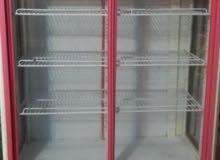 ثلاجة عرض 2 باب للبيع تستعمل اول يوم رمضان بس
