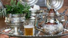 أواني تحضير الشاي المغربي