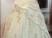 فستان زفاف موديل اماراتي طرحة اماراتية للبيع