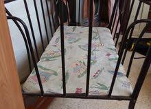 سرير اطفال