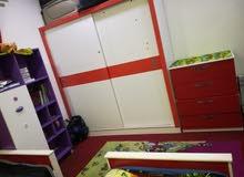 للبيع غرفه أطفال خشب ماليزي بحاله ممتازه للبيع بداعي السفر