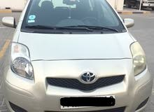Toyota Yaris hatchback 2011 Gold automatic