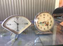 ساعة منضدية فريدة من نوعه للبيع