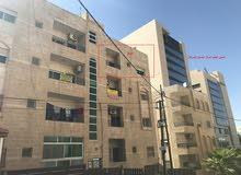 شقة سكنية للايجار في ضاحية الرشيد (موقع مميز وحيوي)