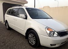 White Kia Carnival 2013 for sale
