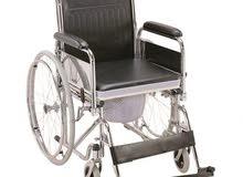 كرسي متحرك مع مقعد تواليت