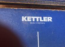 طاولة تنس طاولة بحالة جيده ماركة KETTLER المانية