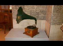 جرام فون انتيكة 120 سنة