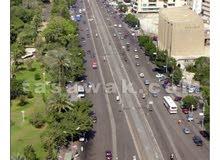 فرصه للبيع بمصر الجديده   شارع الأندلس دور ارضي كامل بعمارة على مساحة 600 متر