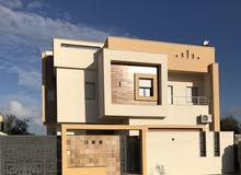 منزل للبيع تشطيب حديث درجه اولى في اربعه شوارع البيفي