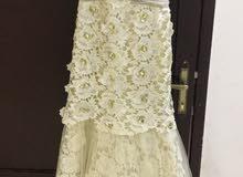 للبيع فستان سكري بكرستال مخفض السعر قبل البيع 1800 ريال
