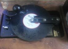 للبيع صندوق موسيقي نادر غير معروف تاريخ الصنع