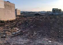أرض تجارية 966 متر على شارع البتراء مباشرة للبيع بسعر مغري