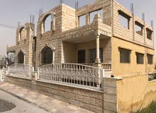 للبيع بيت مستقل في الزرقاء الجديدة قرب الماريوسف الارض 470م