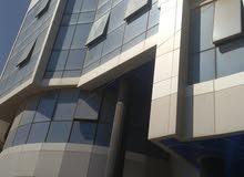 مبنى اداري في طريق الشط 6 طوابق للبيع او الايجار