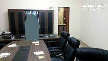 شقه مكتبيه بالاثاث في سي حسين ب2500دينار