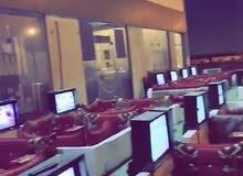 مطلوب عامل للعمل في مقهى الراتب 2300