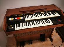 بيانو انتيك مكان الشراء بريطانيا سنه 1977