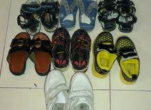 مجموعة أحذية  اطفال لعمر 3 الي 4 سنوات ولادي واتس 99474358