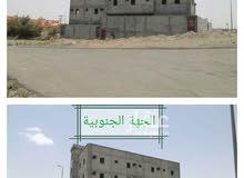 عمارة للبيع في حي الجامعيين بخميس مشيط