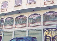 ثلاث فتحات مع الدور الثاني للايجار محلات مخازن في الاصبحي شارع المقالح صنعاء