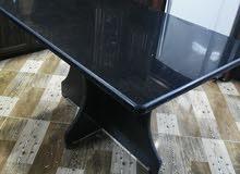 طاولة غرانيت جالكسي شبه جديده