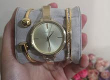 MicheAl kors watch with bangles