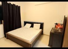 للبيع سرير كبير جديد