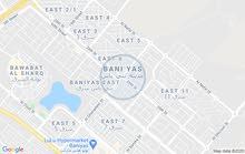 شقق عائلة داخل فيلا كبيرة جديدة الشقة غرفتين وصاله ومطبخ وحمام لاجار الشهري في بني ياس غرب ثلاثة