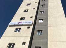 للإيجار وافدين فقط شهر مجانا شقة اول ساكن بصباح السالم غرفتين بمجمع راقي
