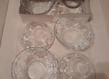 ثلاث اطقم صحون زجاج