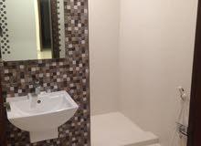 دور كامل شرح ونظيف مع حوش كبير 5 غرف
