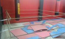 نادي مرخص ملاكمه و كيك بوكسنج ممكن البيع فارغ يصلح لجميع الأعمال ممكن بلاي ستيشن