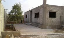 منزل عظم للبيع 200 والأرض 850 .الخالدية. المبروكة مقابل مدرسة المبروكة الثانوية
