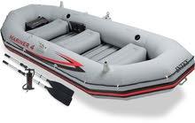 قارب نفخ انتكس