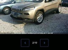 Jeep Cherokee 2017 For sale - Gold color