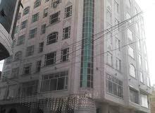 للإيجار برج تجاري فخم جداااا بقلب العاصمة صنعاء