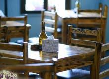 كراسي وطاولات مقهى ومطعم